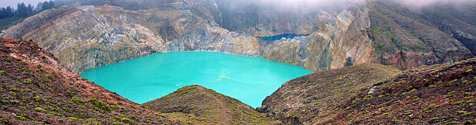 Three Coloured Lakes Kelimutu - Flores